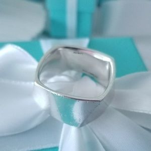 Tiffany & Co Frank Gehry Torque Ring